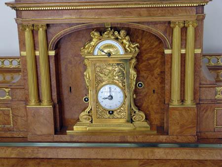 Часы - Эрмитаж
