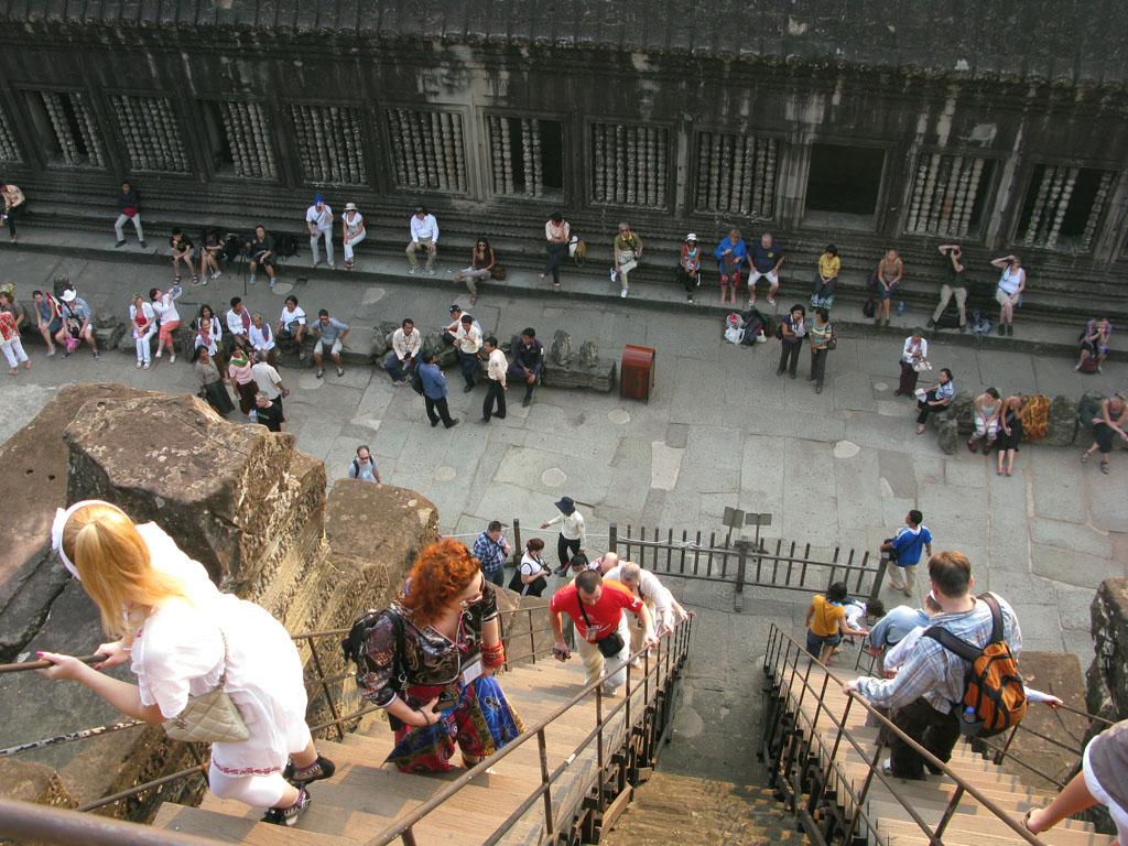 Вход в центральную часть Ангкор Вата