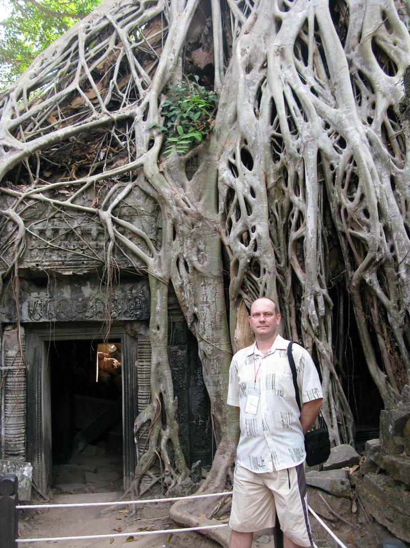 Портал из фильма Лара Крофт, храм Та Прум